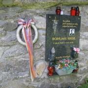 pomnik152