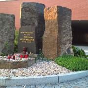 pomnik1013pridanoPraha1