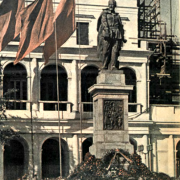 FelixEdmundovichDzerzhinskymonumentinWarsaw