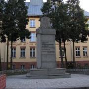 PomnikJagielloDzialdowo02