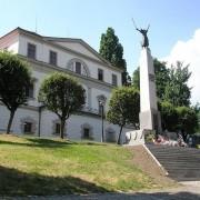 PomnikKuCzciLegionistow