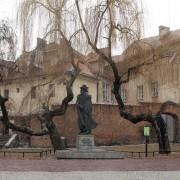 PomnikBemTarnow01
