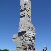1620px-Westerplatte-DenkmalDanzig2010