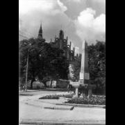 pomnik-bojownikow