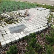 pomnik1AKWZ